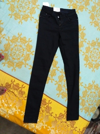 I am selling this Kraus Jeans (BLACK). Price- 1000 INR(Delivery charge included) Original Price- 1595 INR  Size- 28  Product is unused with all its tags.  I had ordered the wrong size by mistake. So thought of selling it.  Message me if you want to buy.  #balckjeans  #krausjeans  #seasonsale   #discountsale #happyshopping #jeans #sale