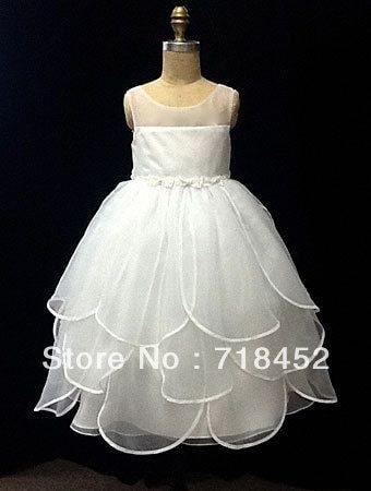#fashion #fashion_dresses #be-fashionable #kids #kidsfashion #kidsstyle #fashionblogger #fashiondiaries #roposo-fashiondiaries #fashiondesigner #kidsdresses #kidsdesigner #kidsdesignerwear #kidsdesigner