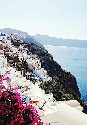 #santorinigreece #travelbucketlist