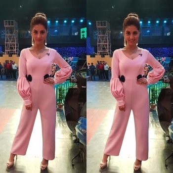 #CelebrityStyle  @rukminimaitra looks like a diva in our chic and effortless jumpsuit with delicate floral motifs, ready for her upcoming movie Chaamp's promotions.  Styled by: @nehagandhi90  #pink #babypink #jumpsuit #floral #navy #delicate #contemporary #fashion #fashionista #fashionblogger #fashionlover #womenwear #womenfashion #womenwithstyle #womenlove #potd #ootd #trending #trousseau #elegant #instagood #instapic #highstreet #luxury #shopaholic #shopnow #summerfashion #summerlove #riddhiandrevika