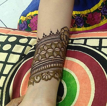 #indian-mehndi #latest-mehndi #different mhendi design #mehendigoals #mhendi #inspirational-mehndi #mehndibyme  #mhendibydishu#bridal-fashion-designer