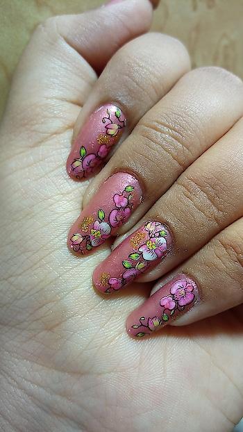 #waterdecals #nailart #floral #summernails #goodnails #nailsforlife #nailsonfleek #indiannails #nailart #indiannailartist #pinkcolour #punkpink #prettypink #lovenails #nailswag #nailsswag #nailporn #nailartlife #mynails
