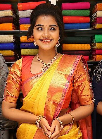 #anupamaparameswaran #designer-saree #beautiful heroines