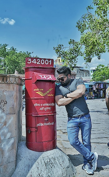 """The one who witnessed a lot of love stories.. "" #roposo #roposomen #roposo-post #indianpost #travelling #travel-diaries #wanderlust #handsome #roadtrip #model #modelife"
