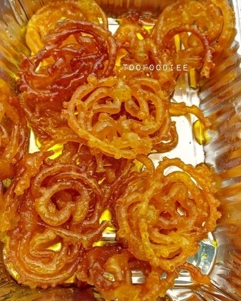 Jalebi for the day!!  Follow @toofoodiee for more pictures!!!  #sodelhi #rabri #chandnichowk #foodies #followforfollow #followback #followher #followhim #followall #follows #f4f #instatag #teamfollowback #pleasefollow #pleasefollowme #followbackteam #follower #following #followers #followalways #followshoutoutlikecomment #followbackalways #followforlike #followmeplease #followplease #followus #follow4like #follow4followback