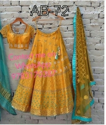 Aashu cellection  *☺☺price 1250+$*☺☺ Contact on WhatsApp 9783170387 #westurn#cool#smarty#top#onlineshop#onlineboutique#onlineshopping#sleveeless#style#smarty#fashionblogger #on#gowns#indianwedding#instagram#moody#braidal #bridalfashion #EMBROIDERY #beed #stone #panjabisuits#weddingsuit#dressup#asscoriess#bikaner#shopnow🛍🌟🌟🌟🌟🌟🌟🌟🌟🌟🌟 Lehenga - banglory   Choli - Banglory   Dupatta - net   Rate -1250+shipping