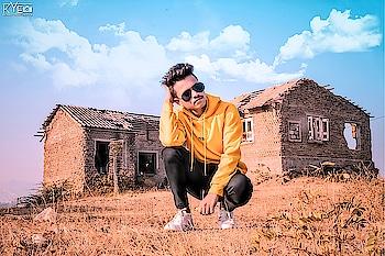 💛🇦 🇲 🇦 🇳💛 @amansable @amansablepresents #photographerlife #photography #amansablephotography  #amansablepresents #aseditography #asphotography #portraitphotography #lit #litpic #fullshot #longshots #longshot #dramatic #portrait #blur #portrait_ig #look #pose #poser #posefx #poser #fambruharmy