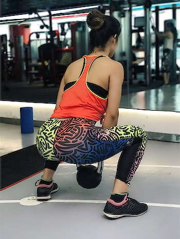 Candid click while doing Squats with Kettlebell 🙌  : #candid #click #legsday #legsworkout #squats #booty🍑 #bootyfordays #kettlebell #workout #bootyworkout #random #randomclick #gymnastic #gymtime #gymgirl #fitnessgirl #fitfam #workoutmotivation #reebok #neon #nehamalik #model #actor #blogger #instatag #instagood #instalike #follow