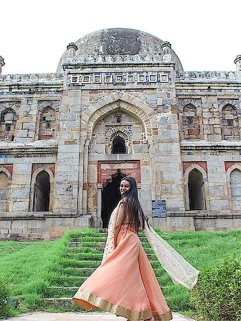 #traditional #ethnic #peach #youtuber #indianyoutuber #delhiyoutuber #ootd #fashion #fashionblogger #verifyme