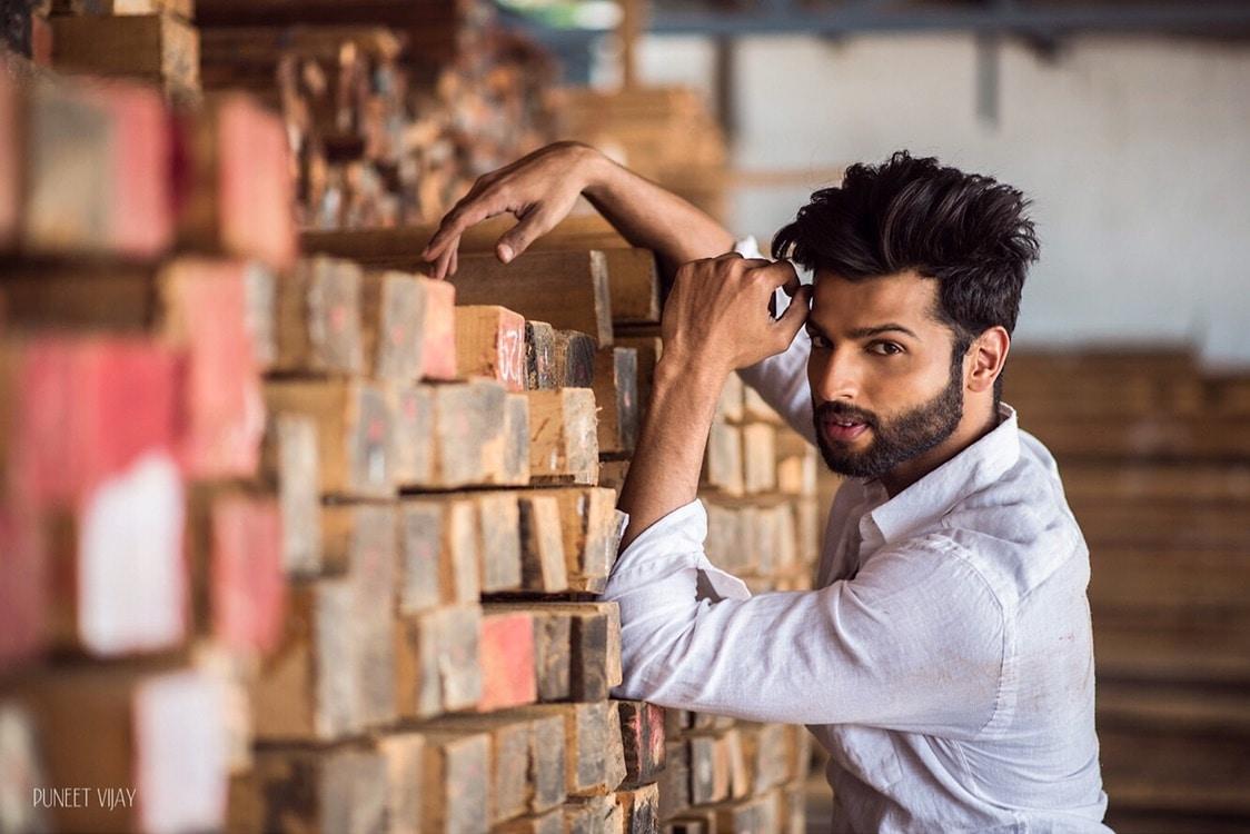 If it doesn't challenge you, it won't change you.                                                                            .                                                                               .                                                                                 .                                                                                 #mrindia #rahul #malemodel #actor #beardman #photography #fitnessmotivation #leninclub photographer - @puneetvijay #menonroposo #roposofasion  #models
