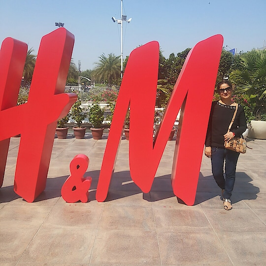 #goodmorning🌅 my all 👫👫followers. Have a nice 🌞day. Take care. ✋Bye.. #newdpupdated #hmindia #hotfashion     #hmlovesmumbai #hm