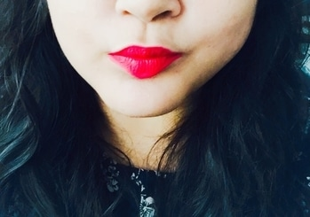 Trying FACES Ultime Pro Matte Lip Crayon: Pink Pout  📍Settles to a matte finish  📍Stays on for long time (6 hr on my lips)  📍smooth buttery texture 📍Available in a crayon stick- Needs to be sharpened  @facesindia #faces #facesultimatepro #facesultimepromattelipstick #matte #mattelipstick #facesindia #cosmetics #makeup #lip #lipstick #lipcrayon #pink #pout #pinkpout #pouting #blogger #mumbaiblogger #bloggerofinstagram  #review #beautyreview #newlipstick