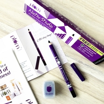 On my testing table @plumgoodness NaturStudio All-Day-Wear Kohl Kajal which claims to be Smudge-proof, Waterproof all day. It comes with a free sharpener worth 150 Inr. #plum #plumgoodness #plumgoodnessnaturstudiokajal #plumkajal #plumgoodnesskajal #beauty #makeup #kohl #kajal #liner #kajalcumliner #eyemakeup #eyeliner #makeupjunkie #makeupartist #blogger #blog #lifestyle #plummakeup