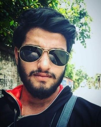 #styleblogger #shades #beardlove #tanoyactkar #actorslife   #stylingtips