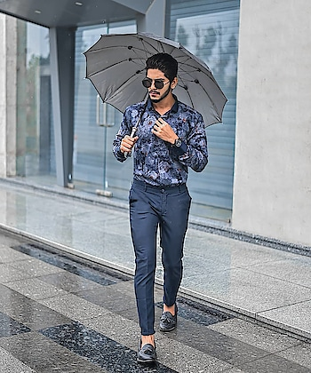 Sauntering into blue monday ! . . Shot by - @thedaydreamstudio . . #TSDFAM  #thestyledweller  #tsdstyle #blueformals #blue #formals #monday #printedshirt #shirt #explore #tsdonexplore #mensfashioninfluencer  #mensfashion  #menswear  #trouser #loafershoes #hairstyle  #menshair #suratfashionblogger  #suratinfluencer  #indianblogger  #indianfashioninfluencer  #india  #surat