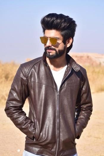 #beardhimanshu #modellife #fashionblogger #roposo  #fashion