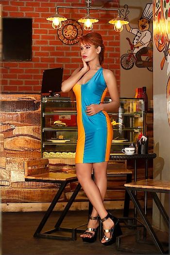 Orange Blue Bodycon Dress Rs1099/- Size Available - M,L Shop Link - https://goo.gl/BKnupe #Bodycondresses #WesternDressIndia #DesignerdressesIndia #LuxuryDressIndia #Femnmasfashion #dressOnline #Fashiondressonline #Dressonlineindia #BuyDressonline #Onlinefashiondress