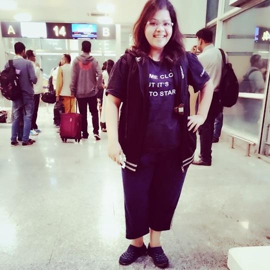 Tripping like a girl trips like a pro... #hercreativepalace #tripping #onatrip #triplileapro #girlgotripping #blogger #travel #airportdiaries #kanikasharma #delhi #india #hcpkanika