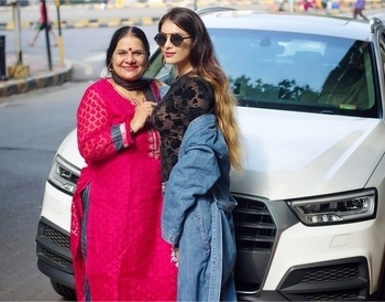 I think in a lot of ways unconditional love is a myth.... My mom's the only reason I know it's a real thing ... ❤️ : #iloveyoumom #loveyousomuch #mommyandme #happytogether #momanddaughter #mommylove is #pure #realthing #truelove #happy #blessed #bestmomintheworld #mymom #mylove #mylifeline #nehamalik #mommysprincess #model #indianblogger #mumbai : Thanks for this lovely Click @uddeshshahphotography