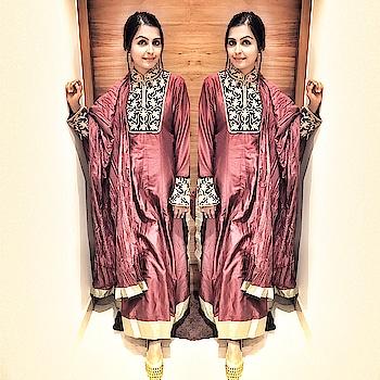 Forever is composed of nows✨  Tap for outfit details ☺️#fabebg#indiasfashion#nikivermaofficial#punjabi#nikivermaofficial#patiala#phukari#dupatta#jutti#blog#blogger#bloggerstyle#sunkissed#model#chennaiblogger#chennaimodel#fashionista#fashionlook#desiswag#indian#fashion#road#ecr#bestoftheday#fashionista#happywomen#womenfashion#classy#elegance#rohitbal#biba
