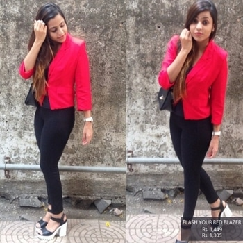 Doesn't our blogger looks way too smashing in the your red blazer !