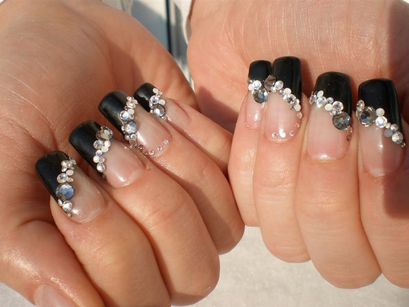 The bejewelled French mani