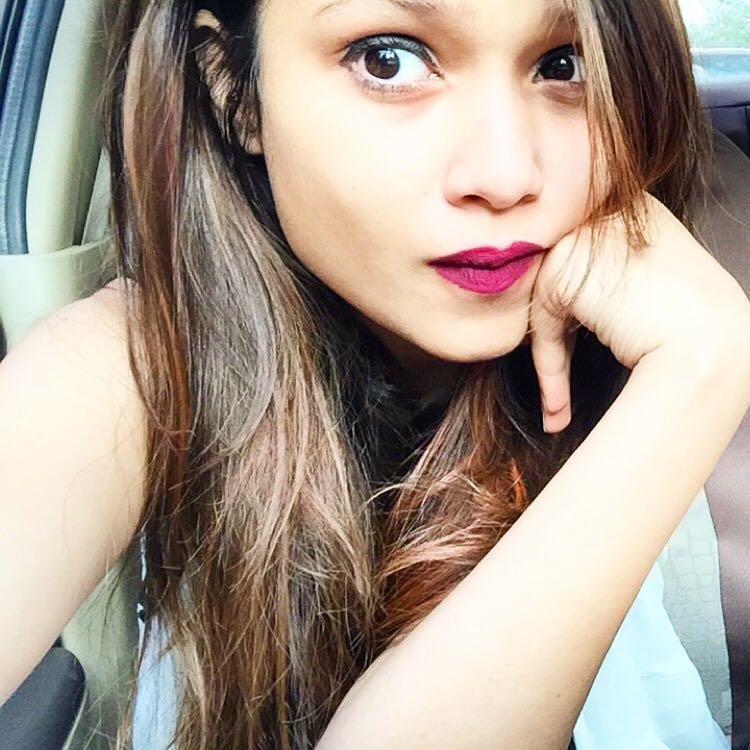 Bored ? Take a selfiee thennn B)