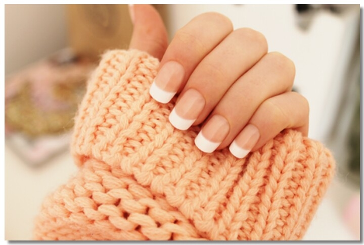 How to Do a French Manicure 💅💅💅 #nailart. #frenchmanicure