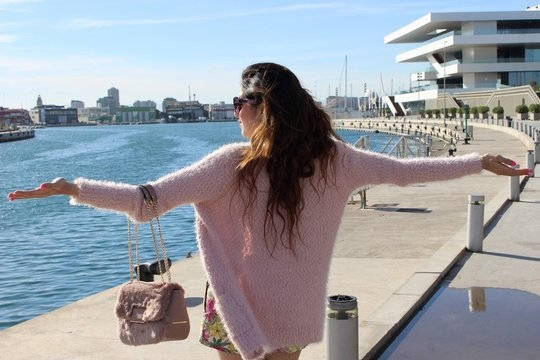 Outfit Of The Day – Holiday OOTD in Valencia