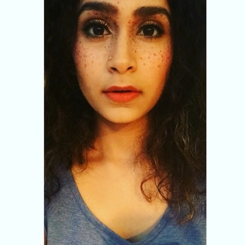 #fashionmoments #makeupdeets #fakefreckles #fakeeyelashes #subtlemakeup #vibrantlipstick #niftdelhi #fashion