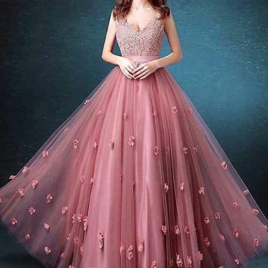 Party Gown....!!