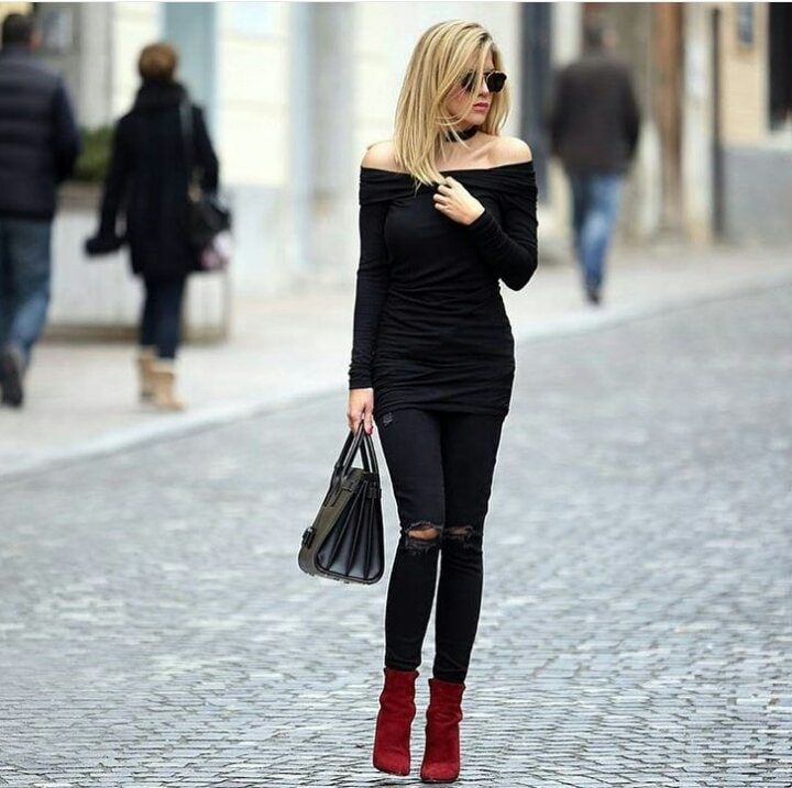 This look 😍😘 This look is so effortless yet so chic 😍😘 All black, everything and red boots 💝 #black #blacktop #offshoulder #offshouldertop #blackjeans #ripped #redboots #red #boots #booties #shades #blonde #fashion #highfashion #roposo #roposolove