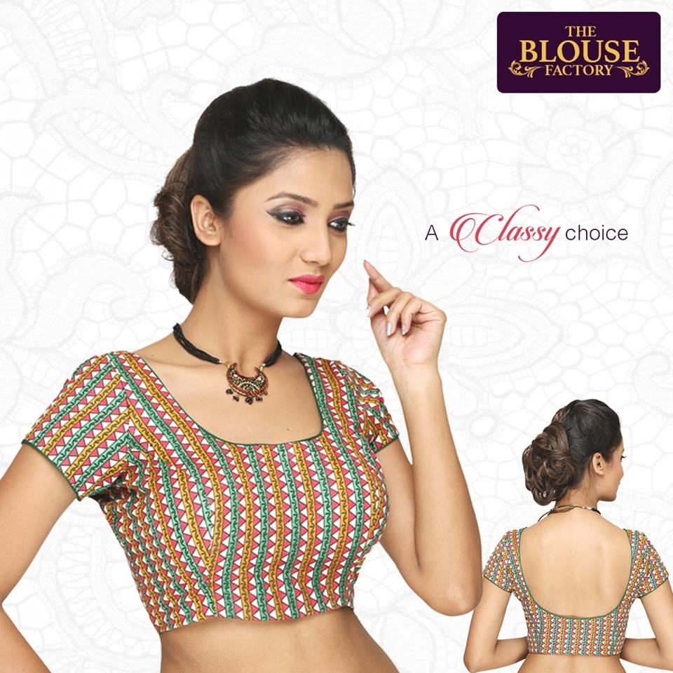 Designer blouse for the fashion lover. #roposofashion #designerblouse #classy #trendy #TheBlousefactory