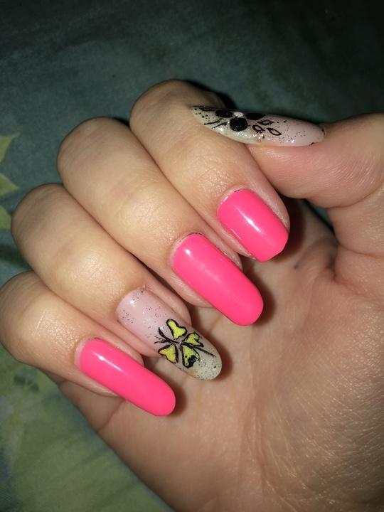 #nailart #nail #longnails #nails #neon #nailswag #nailpaint #nailartblogger #nailpolish #nailartdesigns #nailartaddict