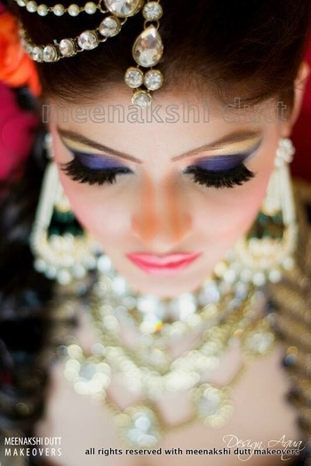 Beautiful purple #eyemakeup #meenakshidutt #meenakshiduttmakeoversdelhi #meenakshiduttstyle #makeupartistsworldwide #makeupartistindia #bridalmakeupsrtistdelhi #hairandmakeupexpert