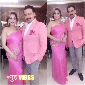 #partylook #colourcoordinated #pink #jacket #evening-gown #couple #umeshdutt #meenakshidutt #meenakshiduttstyle #picoftheday #roposostylefiles #roposobeauty #roposofashionblogger #roposofashionlovers #ropo-good #👌👌❤️ #goodvibes