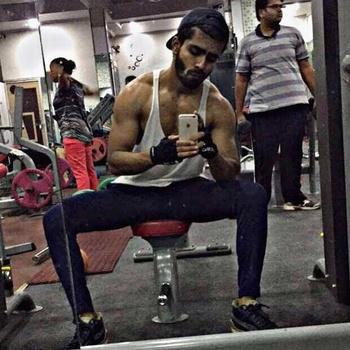 My Saturdays be like 💪 #body #gym #fitness #asthetics #diet #lean #tall #abs #shoulders #sexy #hot #supermodel #malemodel #picoftheday #instasize #iakaschoudhary #mrindia #rough #raw #liftheavy #growbig #hardwork #mirrorselfie #ripped #toned #Saturday #weekend #grinding  #meonroposo #soroposo #noedits