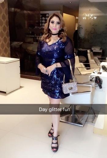 Blue glitter dressing #meenakshidutt #makeupexpert #makeupartistindia #makeupartistsworldwide #salon owner #meenakshiduttstyle #meenakshiduttmakeoversdelhi   #glitter