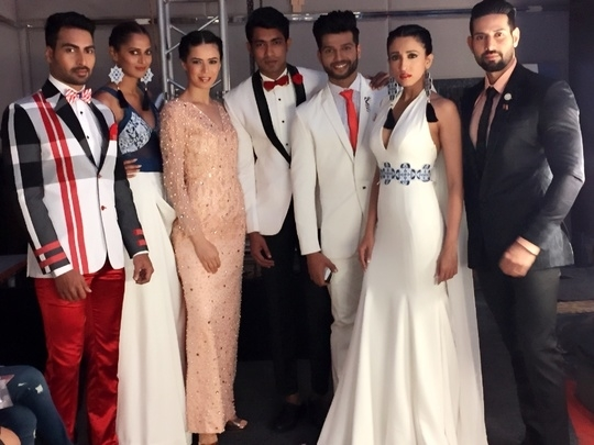 #RedCarpet Collection By #AsifMerchant #Mysore Fashion Update ❤️❤️❤️