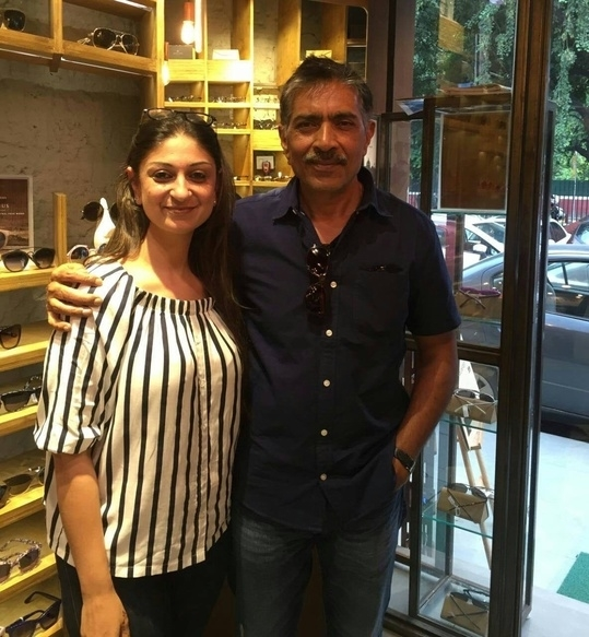 Iconic frames attract Iconic personalities. The legendary Prakash Jha just walked in our Khan Market store and we can't help but smile. Come say Hi! #FanMoment #PrakashJha #JohnJacobs #KhanMarket