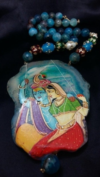 #beauty #beautifuljewelry #jewellery #jewellerylove #jewelry #radhakrishna #radhKrishnjewellery #us #usa #instajewelry #roposolive #roposolove #beadednecklace #beadedjewerly #indiantradition
