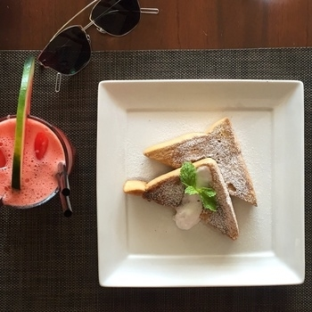 Strong start to the day - watermelon and ginger juice with cinnamon French toast! #yummy #food #foodgasm #foodporn #delicious #happy #nofilter #indianfoodblogger #health #nutrition #fitness #fit #breakfast