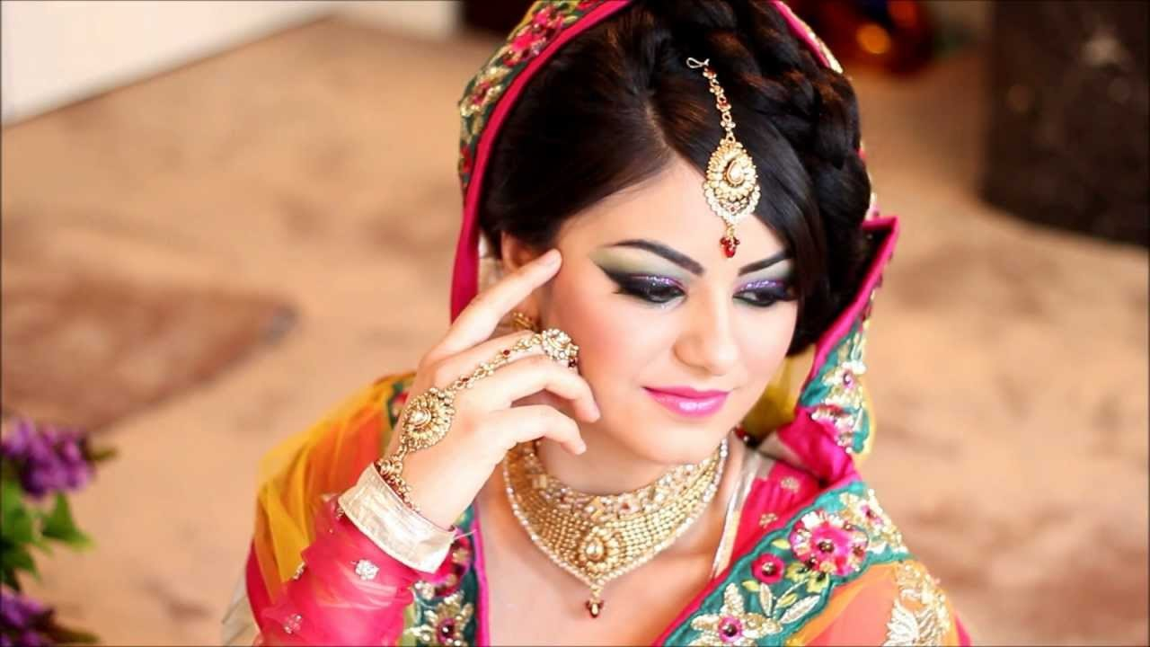 #beautifulbride #bridalmakeup #bridaljewellery #weddingmakeup #indianbride #indianbridalmakeup #traditionallook #beautifulbride #prettylook #hairandmakeup #hairandmakeupexpert