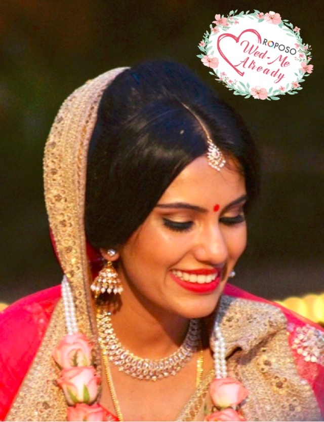 Look natural and absolutely stunning on your big day! #makeupbynikkineeladri #wedmealready #muabangalore #classy #bridalmakeup #bridalmakeupartist #soroposo #roposowedding #indianbride #northindianbride #northindianbridalmakeup #maccosmetics #narscosmetics #pink #sabyasachimukherjee #sabyasachibride #sabyasachi #couture #wedmealready