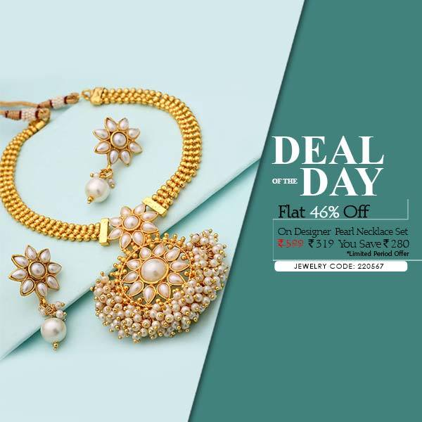 Last few hours left to avail your favourite pearl beaded necklace set at flat 46% off! Hurry! Buy: https://goo.gl/D008xz  #voylla #jewelry #alwaysbeautiful #festivefever