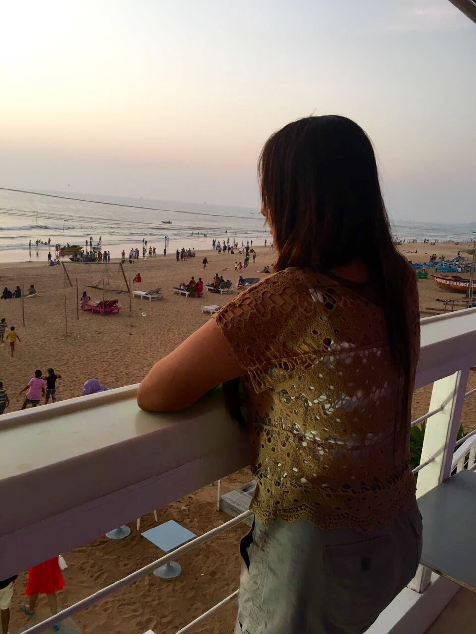 #travel #beach #beachlove #goa #indiantraveller #indianblogger #travelbloggerindia #fashionbloggerindia #stylishme #fashion #sunset #viewfromthetop #fashionblogger #fashionblogger