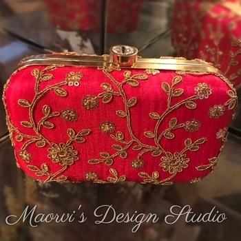 The Exotic Fuchsia Pink Raw Silk embellished box clutch by Maorvi's Design Studio  👛   #followus #instagram #maorvigaba_designstudio #boxclutches #indianfashion #fashiondesigner #indianethnicwear #weddingcollection2016