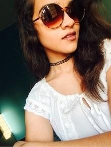 #fashion #ahmedabadblogger #splash #ginger #chokerlove #sunglasses #tshirts 💯   #celebrityfashion