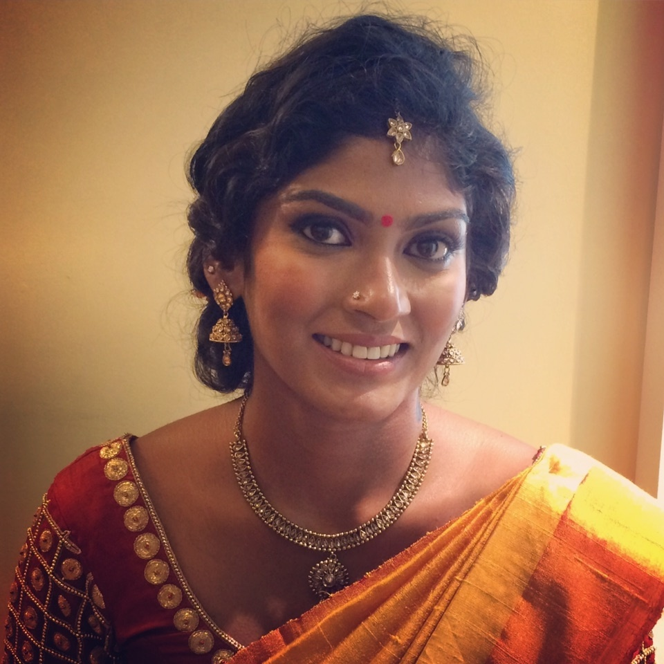 Elegant ethnic engagement look. Keeping it natural with this stunning South Indian beauty! #southindianbridalmakeup  #engagement #makeup #muaindia #muabangalore #soroposo #roposoweddings #dusky #subtlemakeup #nudelips #smokyeyes #makeupartistindia #makeupartist #natural #makeupbyme #makeupbynikkineeladri #brides #bridetobe #bridesofindia #bridesofroposo