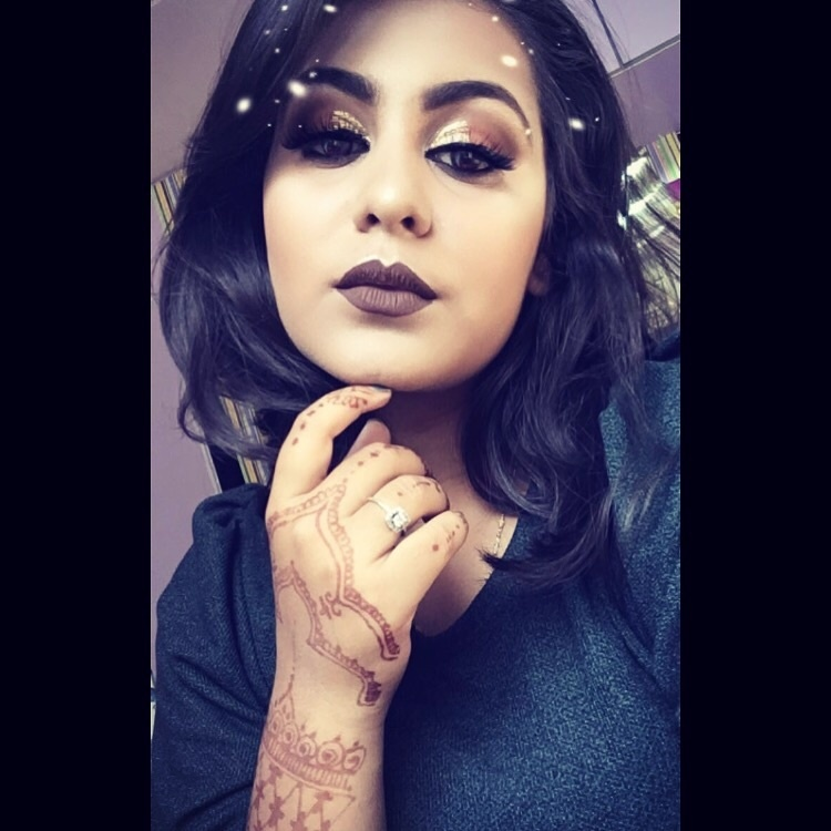 Lets just take a moment for this lip colour ❤️ Glitters for Christmas is must ✨  #boldmakeup #makeuplook #darklips #glitteryeyes #motd #indianyoutuber #indianmakeupartist